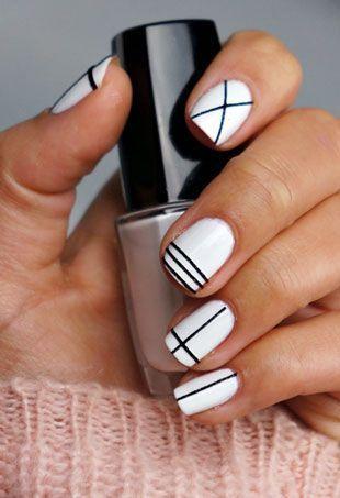 Геометричен дизайн за къси нокти