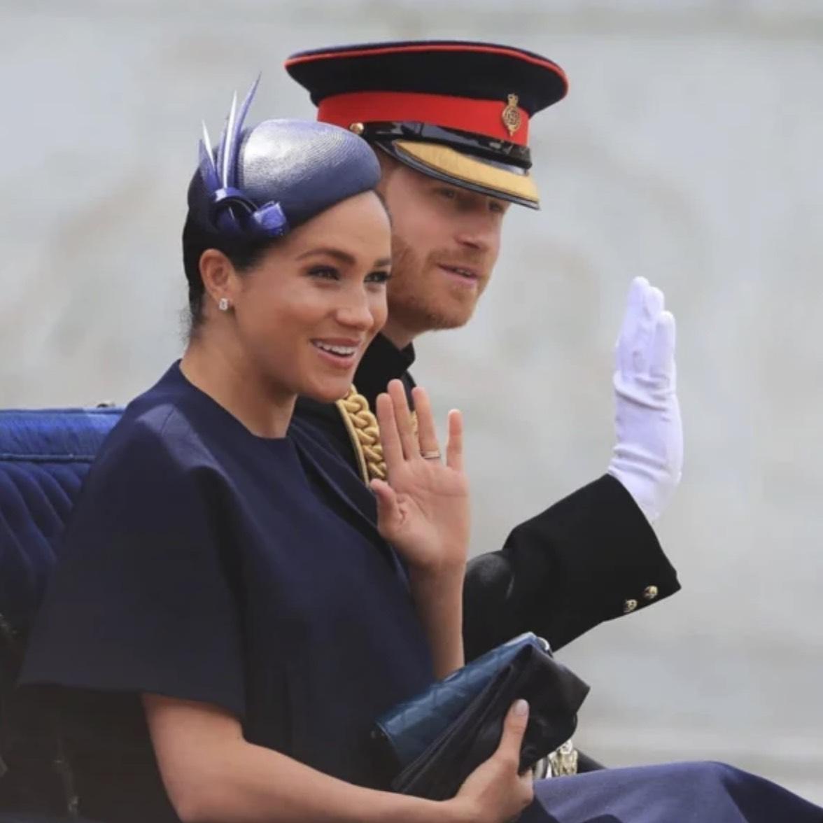 Меган на парада за кралицата