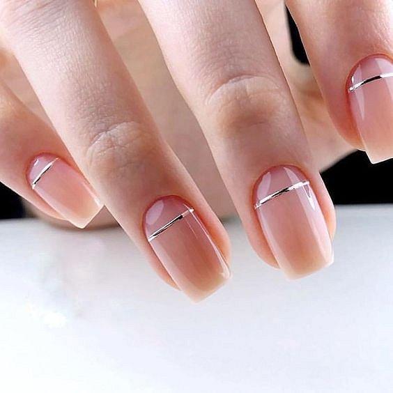Стилен дизайн за ноктите за сезон пролет