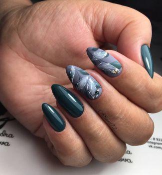 Стилен пролетен маникюр за дълги нокти