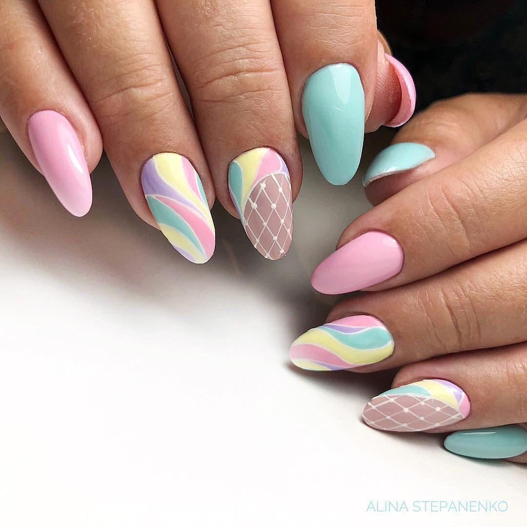 Флорален дизайн за ноктите, пролет 2020