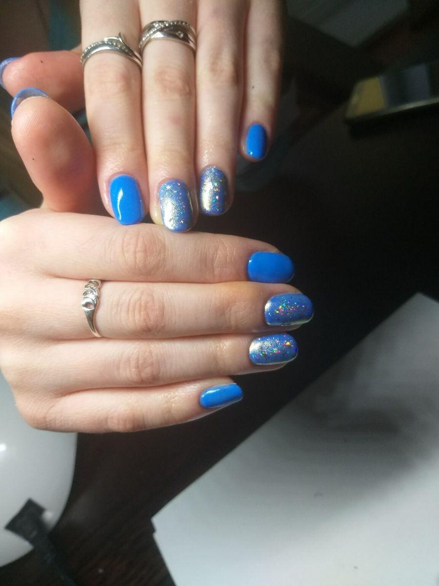 маникюр в синьо