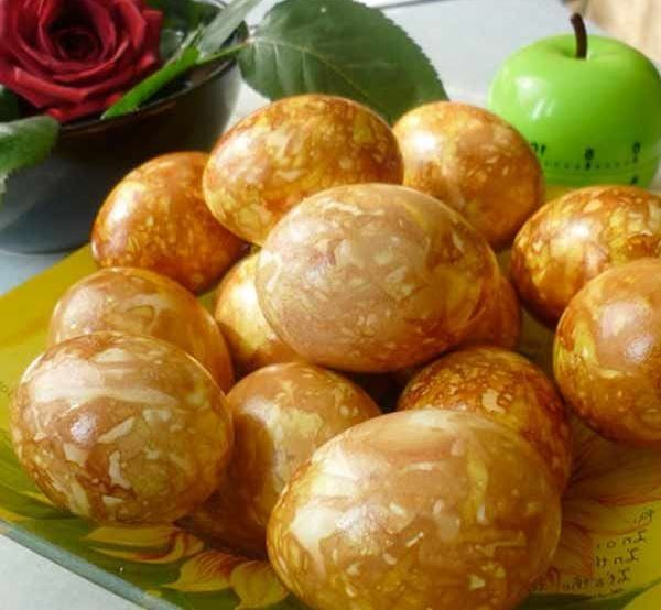оранжеви мраморни яйца