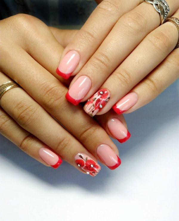 Червени искри за ефектен дизайн на ноктите