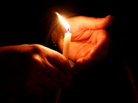 свещичка за задушница