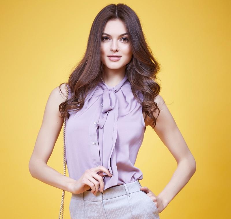 блуза с лък