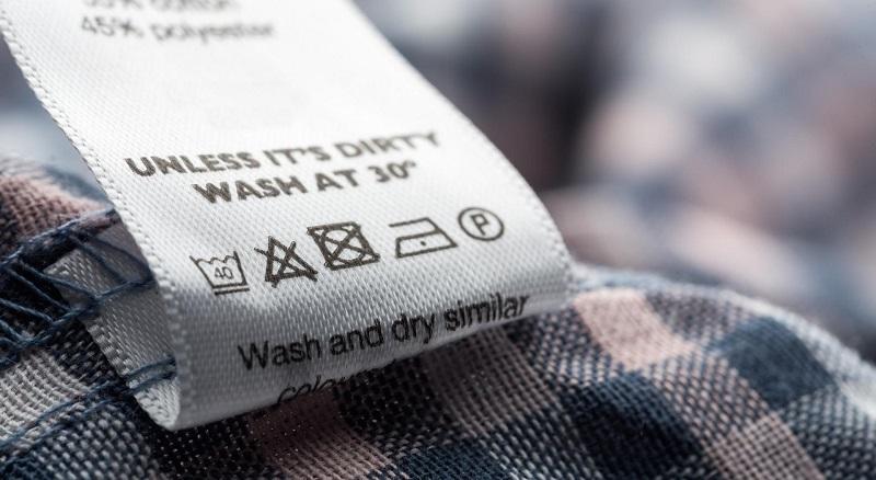 етикет върху дреха