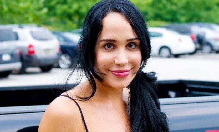 майка на 14 става порноактриса