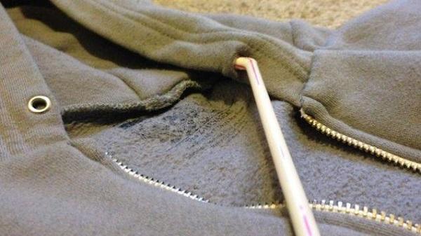 сламка за дрехите