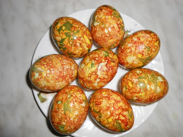 боядисване на яйца с лук