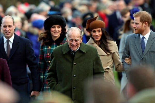 принц Филип с Меган и Хари