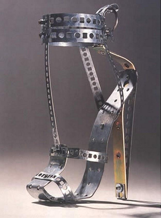 метални обувки