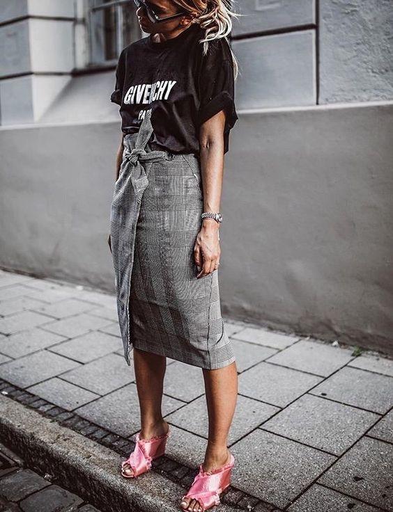 карирана пола с колан