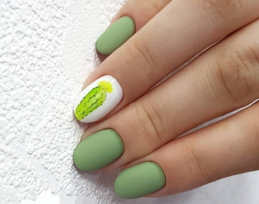зелен маникюр кактус