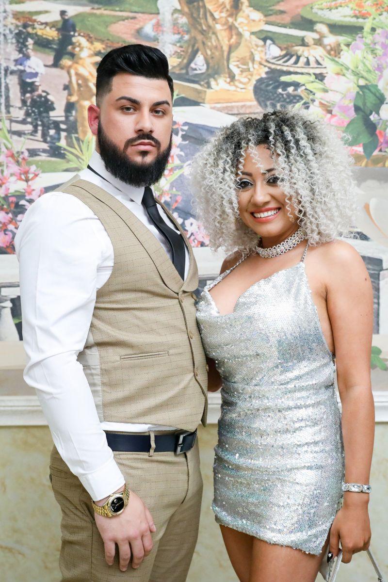 Роксана със съпруга си