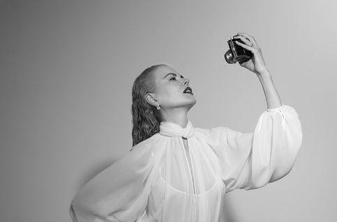 Никол Кидман в бяло