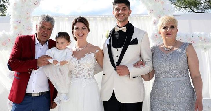 Николина Чакърдъкова сватба