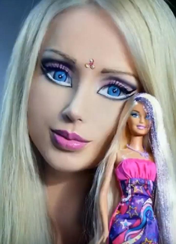 момичето-Барби