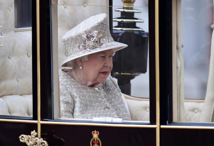 Елизабет Втора парад