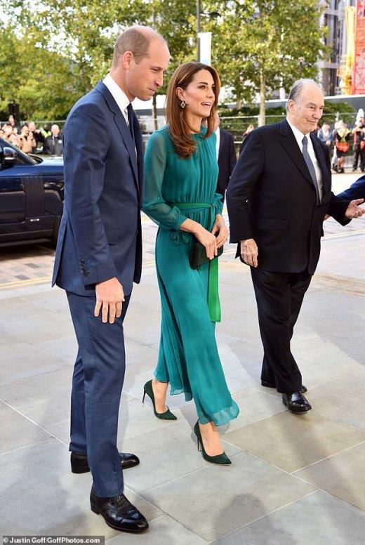 Кейт Мидълтън рокля