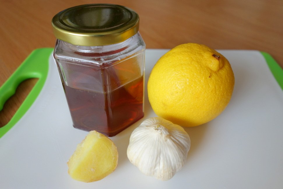 лимон и чесън