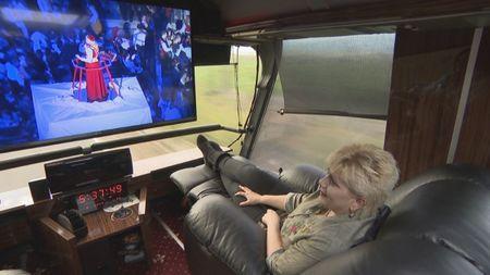 автобусът на Чакърдъкова