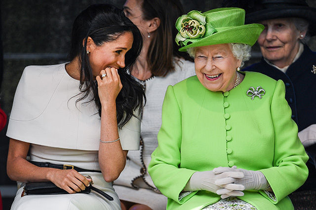 Меган с кралицата