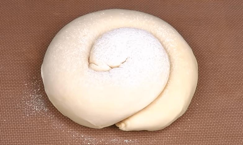 охлюв от тесто