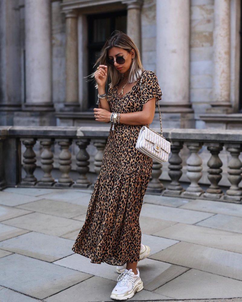 тигрова рокля