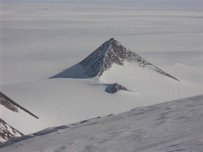 пирамида в Антарктида