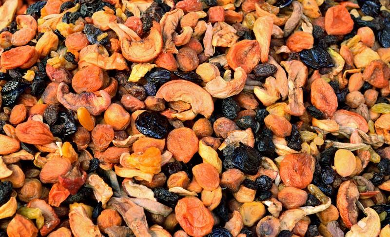 смес от сушени плодове и ядки