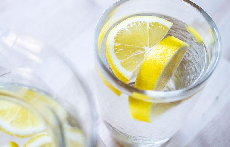 Как да приготвим лимонова вода