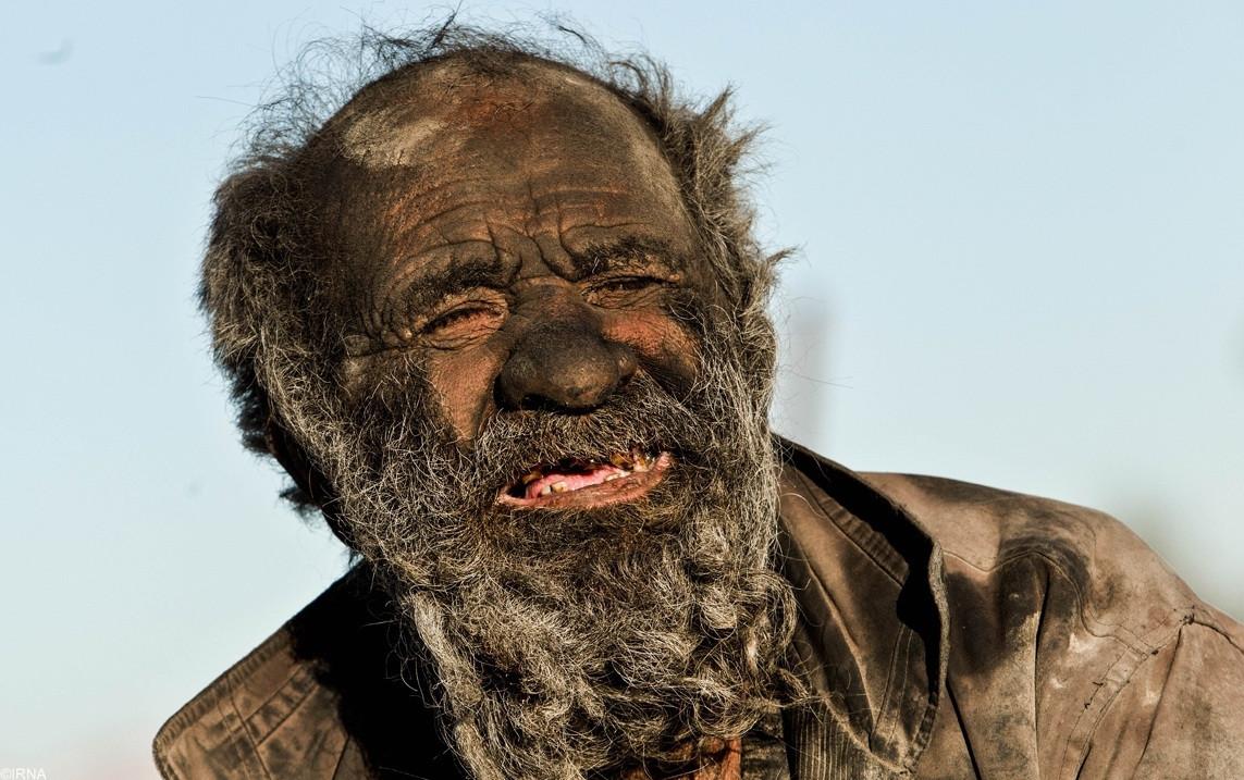 мъжът който не се е къпал 60 години