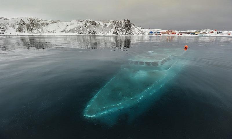 потънала яхта