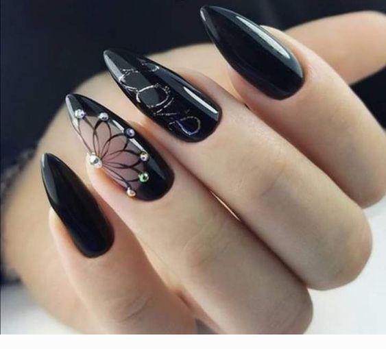 черен маникюр нежни перли