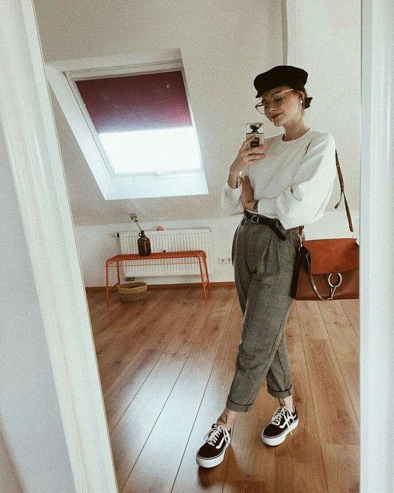 панталон с кецове