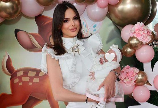 Памела Жейнова бебе