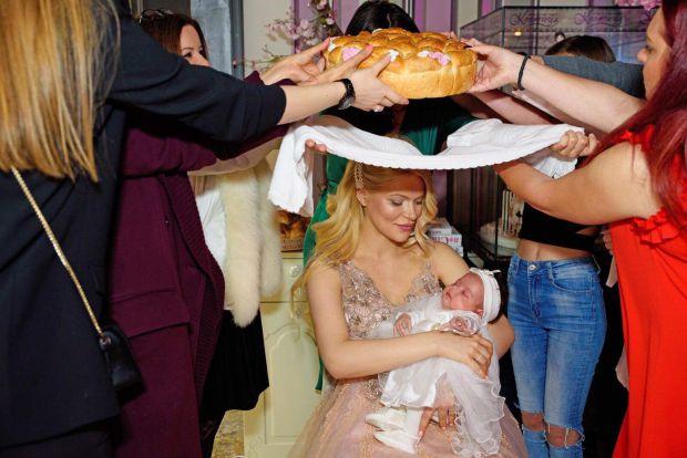 бебешка погача Мис България