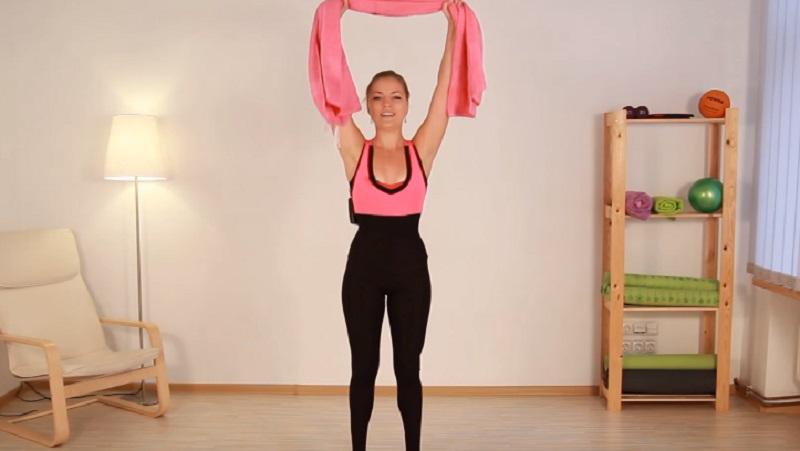 упражнение с кърпа ръка