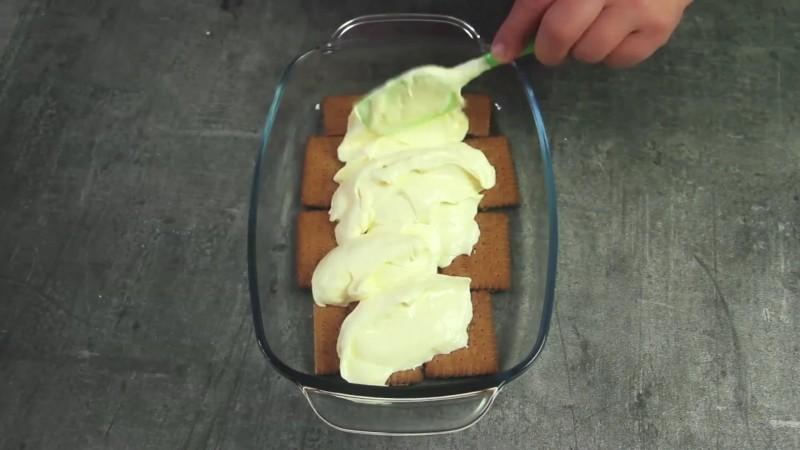 бабината непечена торта