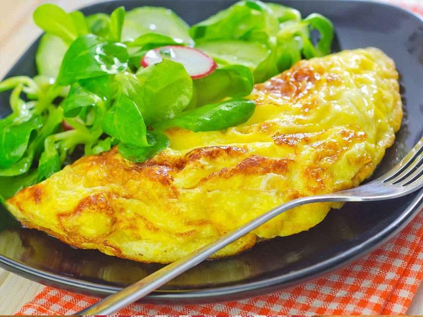 омлет със шунка и сирене