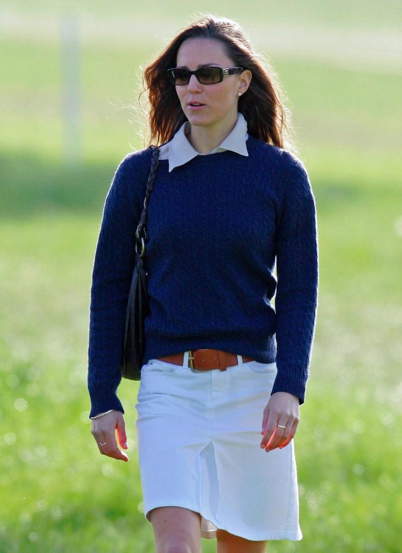 Кейт Мидълтън бяла пола