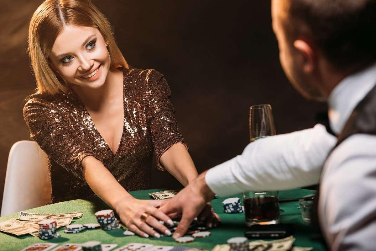 жена в казино