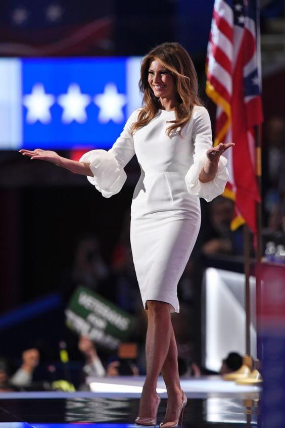 Мелания Тръмп в рокля