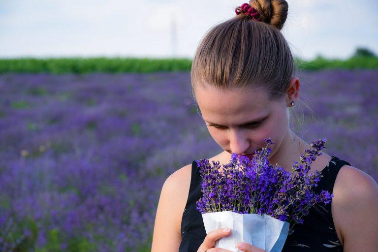 усещане миризми