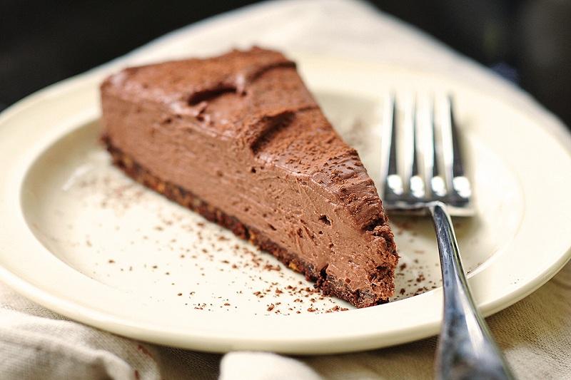 Диетична торта с шоколадово сирене