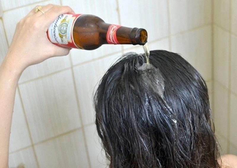 изправяне на косата с бира