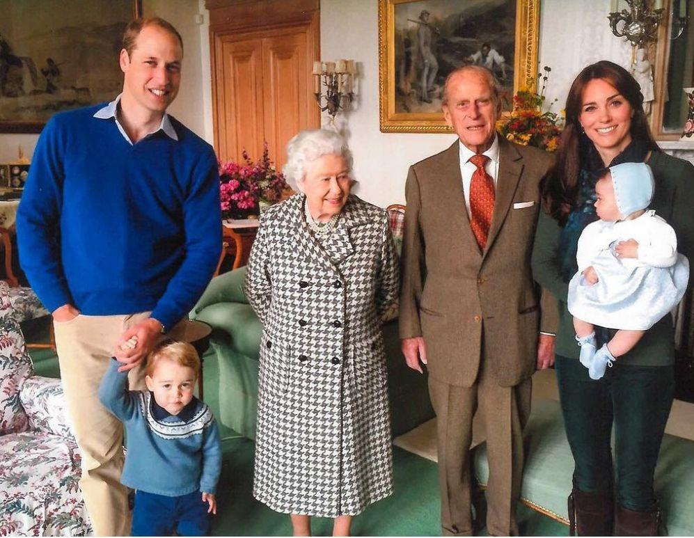 принц Филип с принц Джордж