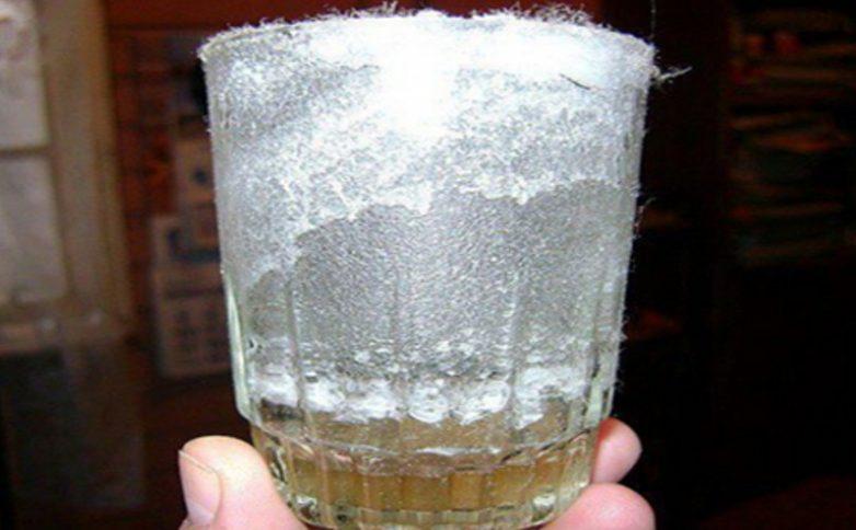 вода със сол