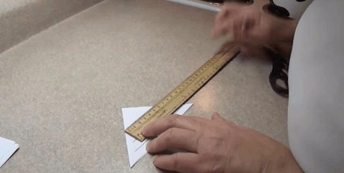 голяма снежинка от хартия